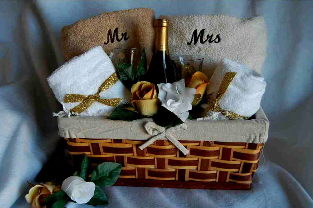 Gift Baskets Adelaide Show How Much You Care About Your Friends And Their Wedding Even In Absence Below Are Reasons Why Perfect